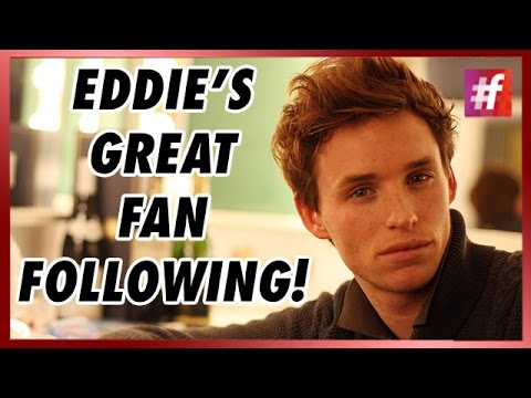 Fans make it difficult for Eddie Redmayne to leave LAX