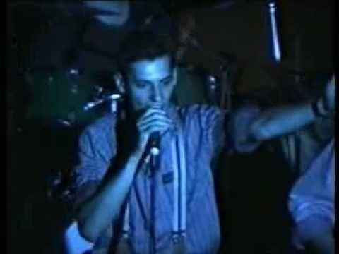 Ballagó Idő - Induló, Felépül A Várunk (győri Koncert,eredeti Videó)