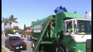 Calmet Services Trash Truck #131 Autocar Xpeditor part 3