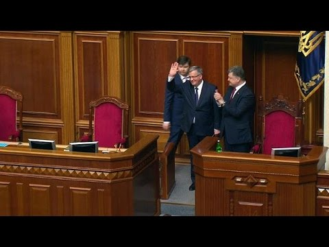 Poland's Komorowski in Kiev to show support for Ukraine