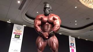 Unleashing the BEAST! Akim Williams guest posing at the 2015 NPC Eastern USA Championships
