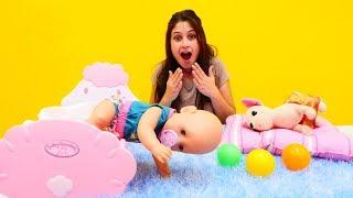 Oyuncak bebek Gül emeklemeye başladı