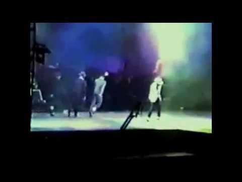 Michael Jackson Interesting Stage Moments!
