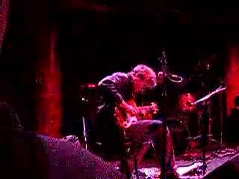 Marc Ribot's Ceramic Dog Video
