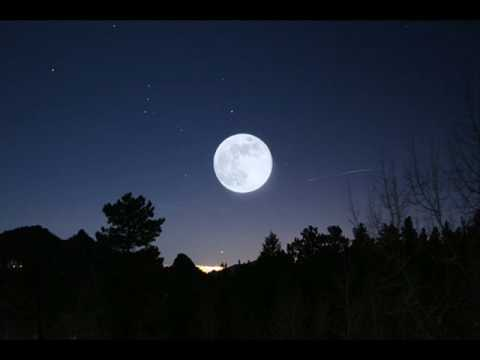 Marc Antony - when i dream at night  - Moon pictures + Lyrics...