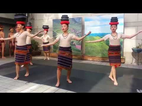 Ragragsakan Philippines traditional dance