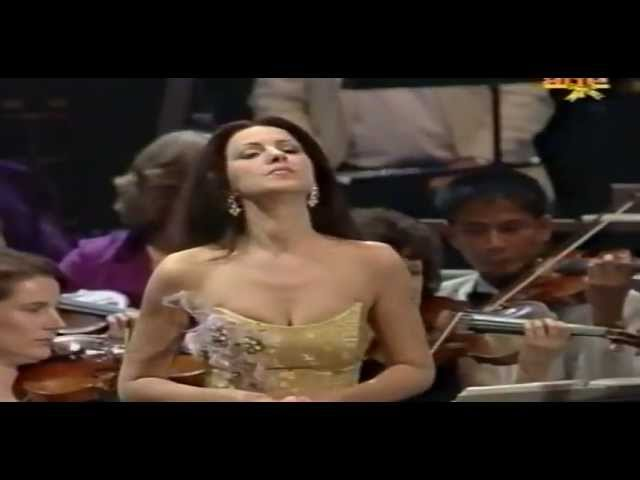 Angela Gheorghiu - Last Night of the Proms - Royal Albert Hall - September 2003