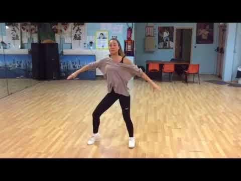 Ghana Bounce - Ajebutter22 - Choregraphy (Dance vidéo) chorégraphie de Fred thumbnail