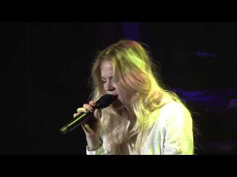 Ilse De Lange - I Still Cry