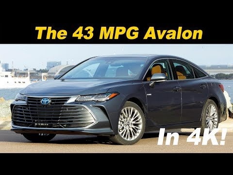 2019 Toyota Avalon Hybrid First Drive Review - In 4K