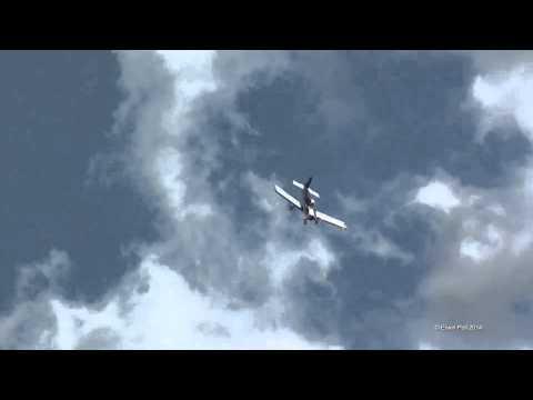 Hamilton Airshow Volkel in de Wolken Robin PH-SVN Display 25-05-2014