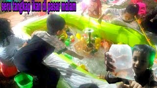 tangkap ikan bola warna warni | anak kecil mancing ikan di pasar malam ★ learn colors with fish shap