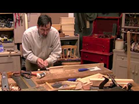 Paul Sellers cuts a mortise and tenon joint by hand. in oak
