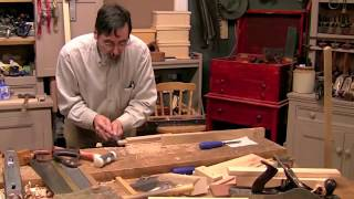 Paul Sellers cuts a mortise and tenon joint by hand, in oak