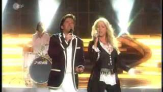 Клип Thomas Anders & Sandra - The Night Is Still Young (live)