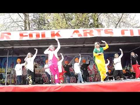 Surrey Vaisakhi 2013 Kohinoor Folk Arts Club Punjabi Dance