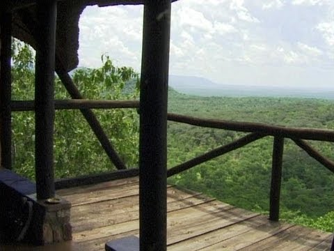 Chizarira Game Reserve Lodge, Zimbabwe. Travel guide.