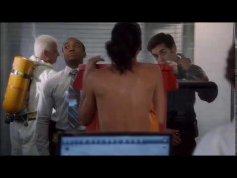 Rizzoli & Isles - Stripping and Shower
