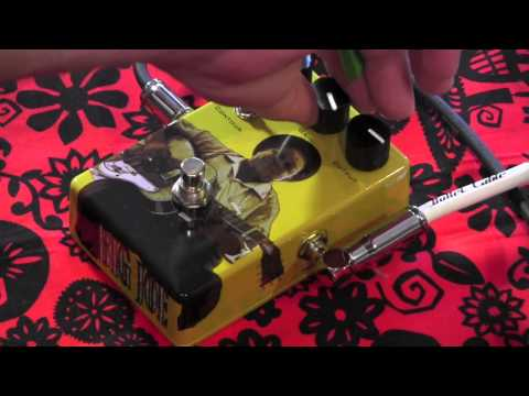 Big Joe Stompbox Company B-402 CLASSIC TUBE pedal demo with Strat & Les Paul