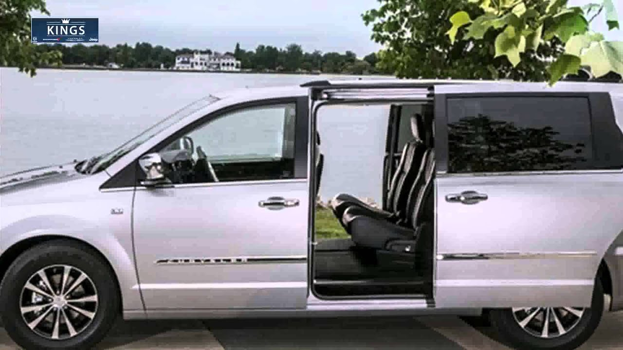 chrysler town country vs honda odyssey brooklyn. Black Bedroom Furniture Sets. Home Design Ideas