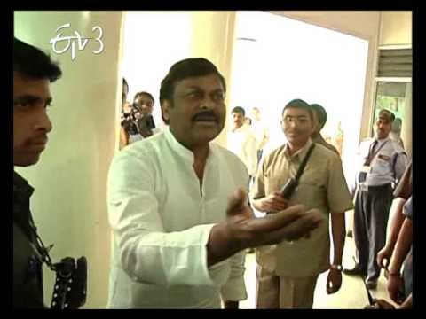 Actor Chiranjeevi  Jumps Que Line In A Polling Booth, Put Back In Place By An NRI Voter