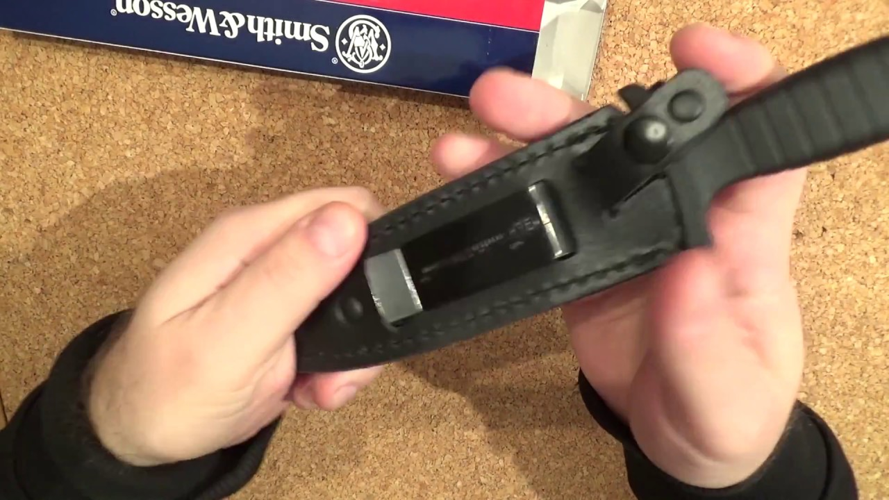 Smith & Wesson -  HRT Boot Survival Knife