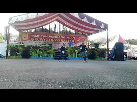 SMP N 11 Jayapura Dancer