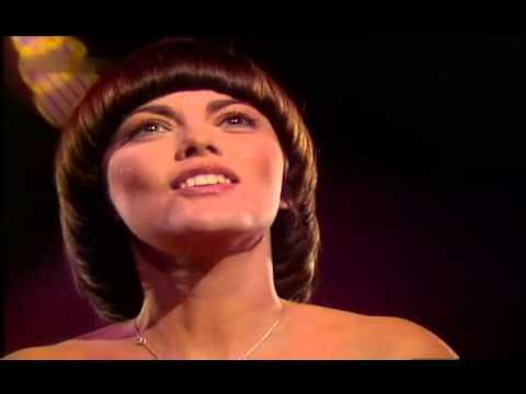Mireille Mathieu - Die Liebe Kennt Nur Der