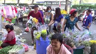 Không khí ở Sài Gòn ngày 30 tháng Chạp tết Mậu Tuất  *NEW*