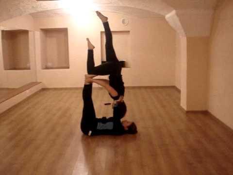 Стретчинг-акройога-fly balance школа танцев Stylelaw