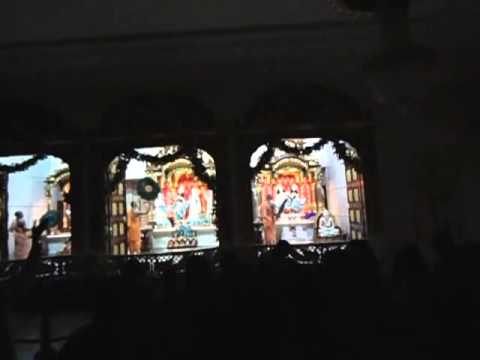 Mangal Arati In Iskcon Ujjain By Hh Bcs video