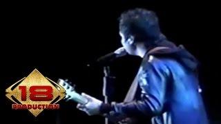 Naff - Ketika Semuanya Harus Berakhir  (Live Konser Probolinggo 24 november 2007)