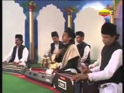World Famous Qawwali - Muhammad Ke Shaher Mein (full Part 3 - 3) video