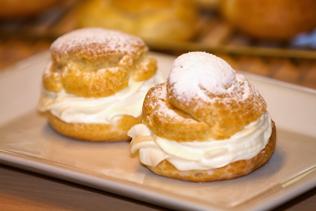 Cream Puff Pastry or Pate a Choux in English - YouTube