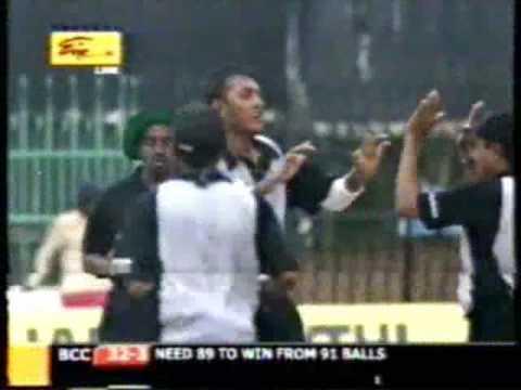 Funny Cricket - Sri Lanka video
