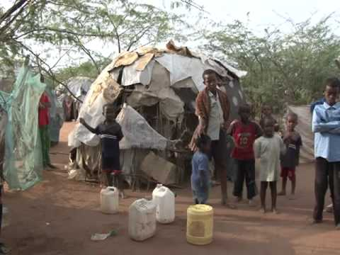 In Eastern Kenya the world39s biggest refugee camp
