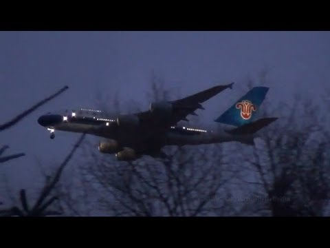 China Southern Airlines A380 + more landing approaches Hamburg Airport - 12.02.2013
