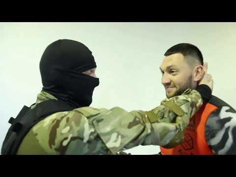 Драка Инструктор Спецназа Против Двух Гопников