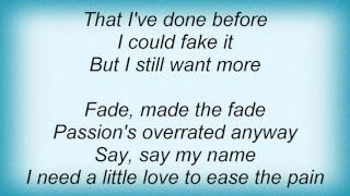 Massive Attack - Dissolved Girl Lyrics
