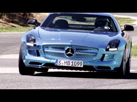 Mercedes-Benz TV: The SLS AMG Coupé Electric Drive