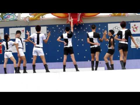 BB ADDICT Cover SNSD - Intro- HooT@K-POP Dance Festival 2011 By   FC  ^^