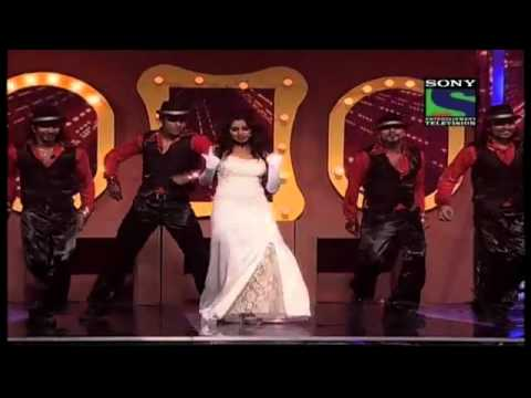 Shreya Ghoshals bold performance on Grand Finale- X Factor India...