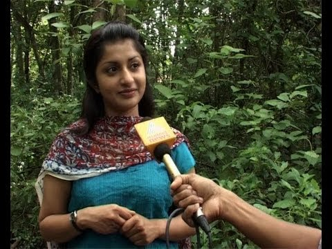 Meera Jasmine making her come back to Malayalam Films- Exclusive Interview