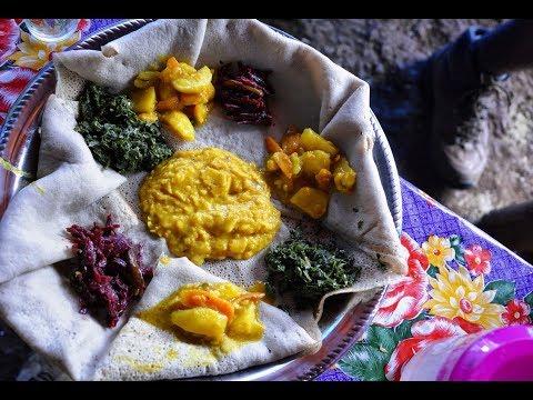Ethiopian Food – Potato & Carrot Alicha Recipe Mild Vegan stew Amharic English Injera