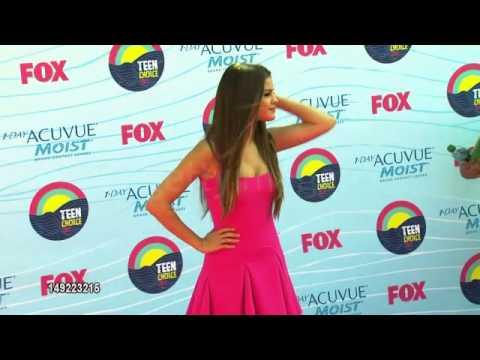 Selena Gomez en la Red Carpet de los TCA 2012 thumbnail