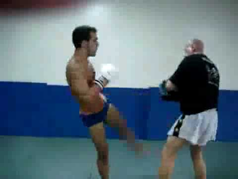 Muay Thai Pad Training Image 1