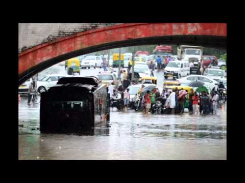 India Suffers From Floods