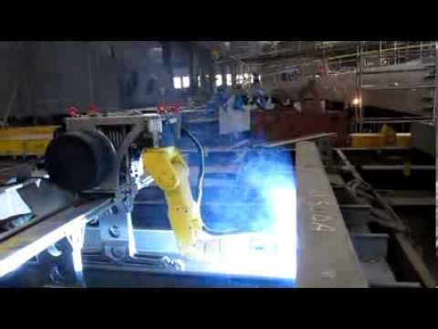Mobile robot for shipyard