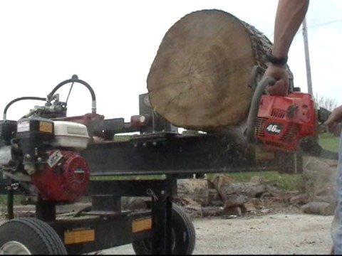 Chainsaw Test: Sharp 46cc Homelite vs Dull 64cc Stihl