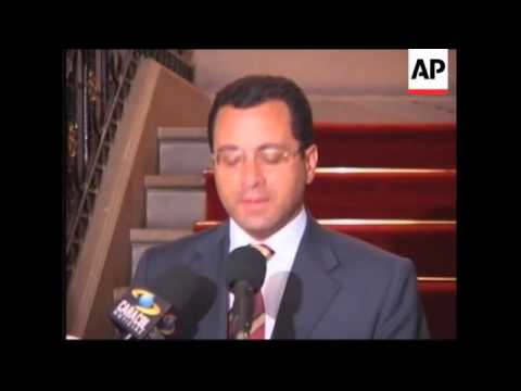 Government cancels Chavez role in hostage mediation